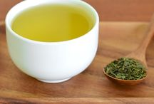 Black~Green~White: The Primary Colors of Tea / All you need to know about black, green, and white tea :)