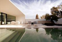 Villas / by Marco Valentino