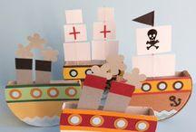 námořníci a piráti