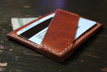 Small leather goods / Wallets, gloves, jewelery, gadget cases, etc.