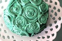 Cakes/Cookies / by Carmen Tye