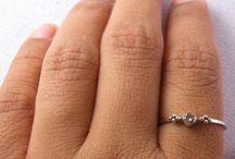 Jewelry Loves / by Rebekah Bolling