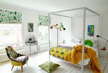homes that are good / by Emma Peterson