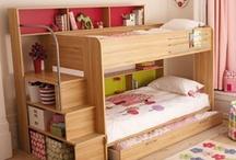 minimalist small bedroom.