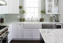 Kitchens / Contemporary styles