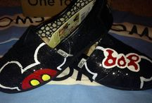 Custom TOMS / by Veronica Ortegon