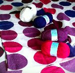 Crochet headboards / I'm making Missy a crocheted headboard for her bedroom, inspired by her bedding. Some other crochet headboards that I like the look of....