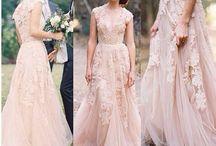 Dreamy dresses *-*