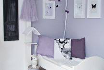 Dormitorio lila mariposas