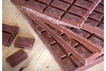 Co je to kvalitní čokoláda? / Selekce našich kvalitních single origin madagaskarských a kolumbijských čokolád.