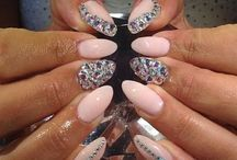 NAILS ! Diamonds