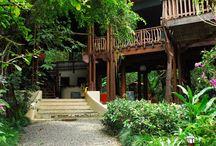 Osa Waterfront Lodge in Puerto Jimenez / https://www.dominicalrealty.com/property/5565/