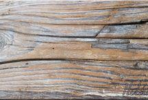 Öreg fa, antik fa / Öreg fa felülete, fa dekoráció, falburkolat, antik faanyagok, antik bútor, bontott faanyag, deszka, palló, gerenda, szarufa