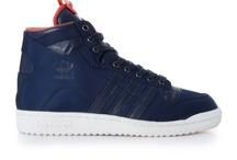Sneakers / by joris kuijpers