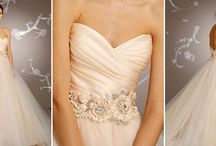 Gorgeous Gowns / I'm a little obsessed with flowy, ruffly, flowery, beautiful things.