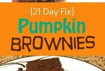 Healthy Fall Treats / Not so naughty fall-inspired treats means we'll be going back for seconds and thirds.
