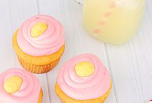 cupcakes / by Carol Fewell