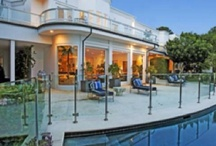 Beautiful Homes / I'd live there!