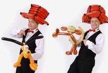 Ballonkünstler / Ballonkünstler knotet Luftballontiere, Ballontiere, Ballonfiguren und Luftballonfiguren für Events aller Art - http://www.ballonkuenstler.biz