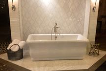 Bathtubs / motivation! Oh wouldn't a pretty tub be so romantic!