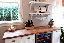 Kitchens / by Kristine McCullin