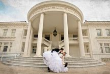 Las Vegas Wedding Photographers / Looking for Las Vegas wedding photographers? You've come to the right placec!