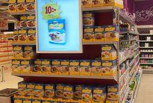 Digital signage supermarkets