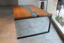 Doğal Ahşap (Kütük) Masa Modelleri / %100 Doğal ahşaptan(kütük) alışılmışın dışında tasarımlara sahip yemek ve çalışma masası modelleri. Tüm ürünlerimiz ahşap ve metal atölyelerimizde özel olarak üretilmektedir.