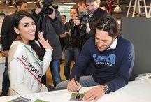 Pitti 87 - Luca Toni / Il bomber Lotto all'87esima edizione del Pitti Uomo inseme a Miss Sport Lotto Giulia Salemi.