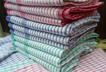 Kitchen Cloths / For a kitchen cloth designed to stand the test of time, be sure to browse through our range of kitchen tea towels which are the ideal addition to any commercial kitchen space. From our super absorbent towels to our highly durable tea towel range, all kitchen cloths come in a range of colours ensuring you're sure to find one to suit the style and decor and create a cohesive, organised space.