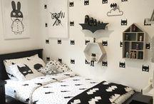 AA - Monochrome bedding
