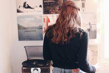 Music cd/vinyl/cassette organization
