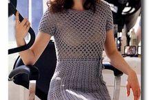 Rochii și genți tricotate