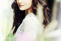 Alia Bhatt / Hey everyone I'm Like the biggest fan of alia bhatt and I wanna share some pictures  which I really love..!!