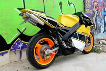 Spiros Politis / Amazing RD 500 Custom paintjob and rebuild