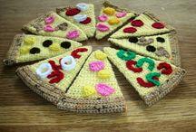 hæklet legemad / crochet play food