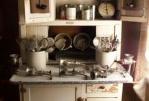 Hutches, Hoosiers, baker's racks