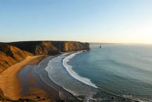 Praias da Costa Vicentina - Alentejo / As Melhores Praias de Portugal estão na Costa Vicentina. Venha conhecer o Znatura Chalet Alentejano e conheça uma Praia por cada dia das suas férias em família :) Envie um e-mail para znaturachaletalentejano@hotmail.com para mais informações.