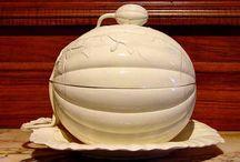 LEEDS porcelain