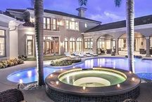 luxury homes / Luxury homes and Interiors