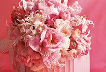 ... things that make me happy ... / Things that make me smile. Inspirations, cake, flowers, dresses, pretty things.
