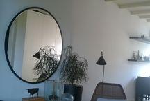 Handmade by PUK / Stijlvolle ronde spiegel 120 cm matzwart gelakte strakke lijst