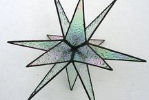 Glass Stars, 2D and 3D / 2D and 3D stained glass and fused glass stars by fellow glass artists.