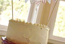 Wedding / cake tops / by Fernanda Sellan Alferes