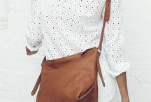 Hot handbags / Handbags galore