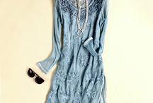 Vestido Render / Estilo Europeu Mangas longas Cintura solta Cor: luz azul Decote redondo Tecido: rendas e seda Forro: 100% seda Espessura do tecido: moderada Tecido macio