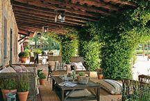 Porche de madera / El porche del bungaló