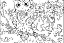 Adult colouring in-Therapy in art