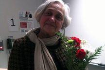 Andrée Ferretti / Andrée Ferretti née Bertrand (Montréal, 1935 - ) est une femme politique et une écrivaine québécoise.  Née à Montréal dans une famille modeste, elle fut l'une des premières femmes à adhérer au mouvement indépendantiste québécois en 1958.