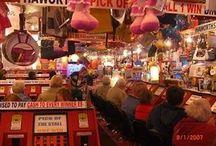 The arcade and bingo / Photos of the arcade and bingo